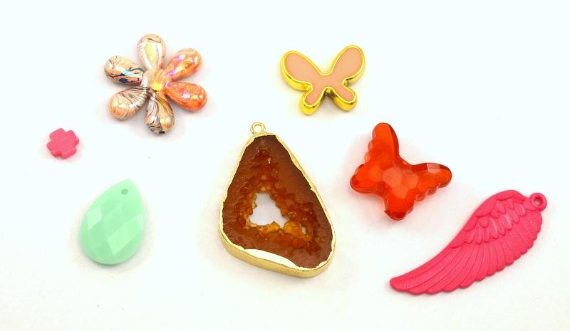 Χάντρες και υλικά από ρητίνη-ακρυλικό-πλαστικό