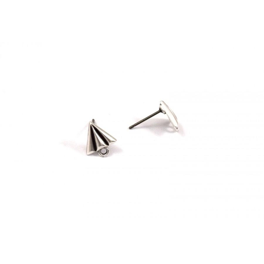 Σκουλαρίκια ανάγλυφα-τρίγωνο,σαϊτα με 1 κρικάκι ασημί αντικέ-τιμή ανα ζευγάρι(δεν περιλαμβάνονται τα κουμπώματα-πεταλούδες)