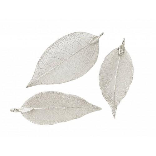 Φυσικο μεγάλο φύλλο σε μέταλλο σε διάφορα μεγέθη περιπου 8cm σε ασημί τιμή ανα τεμάχιο