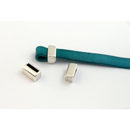 Μεταλλικό εξάρτημα βραχιολιου 8 x 13 mm για δημιουργία θηλιάς σε πλακέ κορδονι 10X2.5mm ασημί αντικέ τιμή ανα τεμάχιο