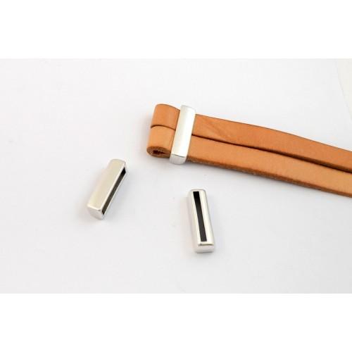 Μεταλλικό Φαρδύ εξάρτημα βραχιολιου 23,4 x 7,3 mm για δημιουργία θηλιάς σε πλακέ κορδονι 20x2,5mm  ασημί αντικέ τιμή ανα τεμάχιο