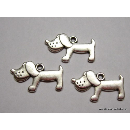 Μεταλλικό μενταγιόν σκυλάκι 23x15mm σε ασημί αντικέ χρώμα     τιμη ανα τεμάχιο(ένα κομμάτι)