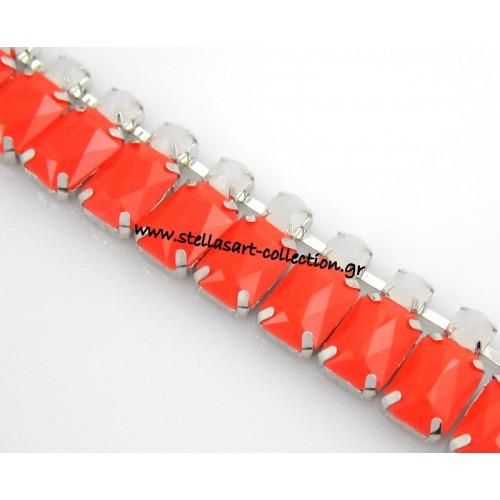 Τρέσα διπλή ,ασημί με  στρογγυλά ακρυλικά λευκά στρας και παραλληλόγραμο σε πορτοκαλί χρωμα 10x14mm     τιμη ανα 20 εκατοστα(20 cm)