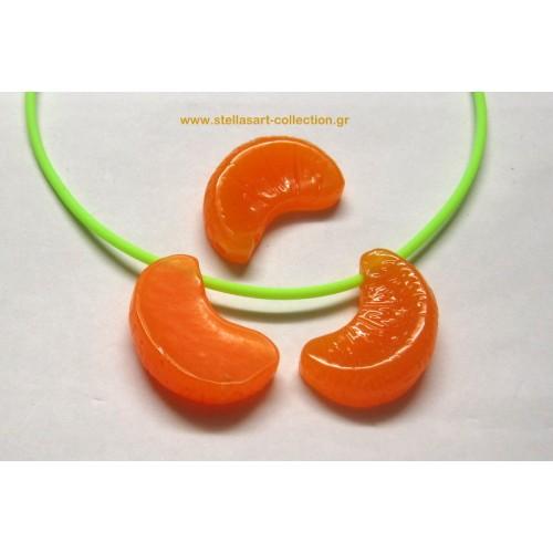 Φρούτο  φέτα μανταρίνι 3D  από ρητίνη 32x34mm με τρύπα να κρεμαστει     τιμή ανα τεμάχιο