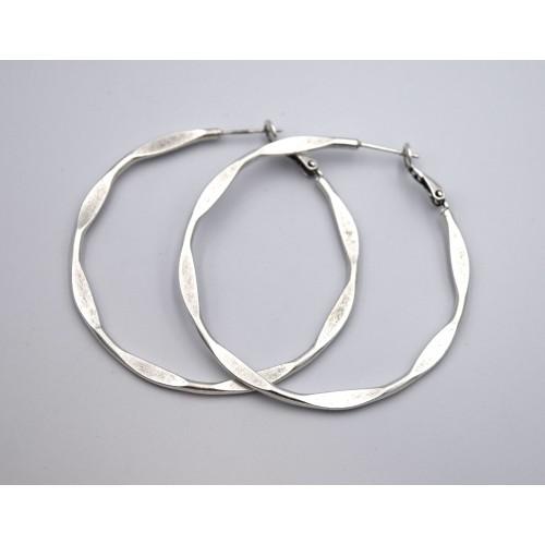 Σκουλαρίκια κρίκος 50mm σε ασημί αντικέ με κούμπωμα καρφί inox - ανά ζευγάρι Διαστάσεις 2 x 50mm